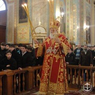 23 января в день памяти сщмч. митрополита Анатолия Владыка митрополит Агафангел совершил Божественную литургию