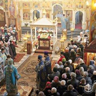 Сегодня православные верующие отмечают Сретение Господн ...